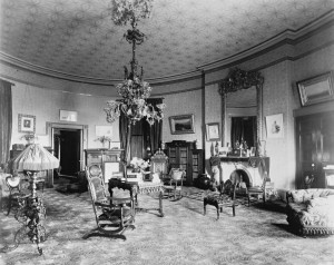 Christmas in the Oval Room of the White House